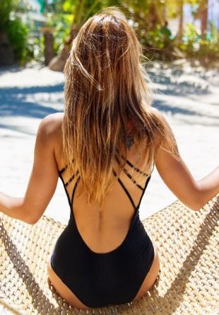 6 tips & tricks pentru a-ți proteja părul vara aceasta